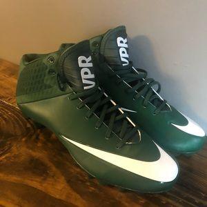 Brand new Green Nike size  13.5 VPR